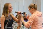 Anniek tijdens talentenjacht muziekschool T2 (12)